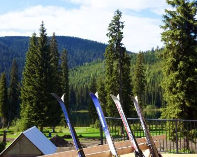keefer-lake-lodge-170609-SeanHannah-024-1030x686